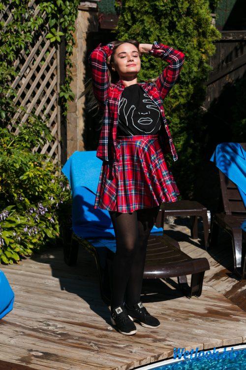 Wetlook girl photo 1 Kris 1/21