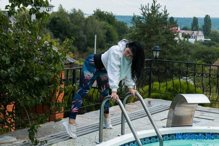 Wetlook girl photo 2 Madina 1/21