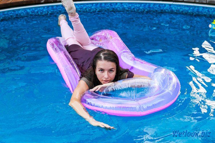 Wetlook girl photo 3 Alexandra 1/21