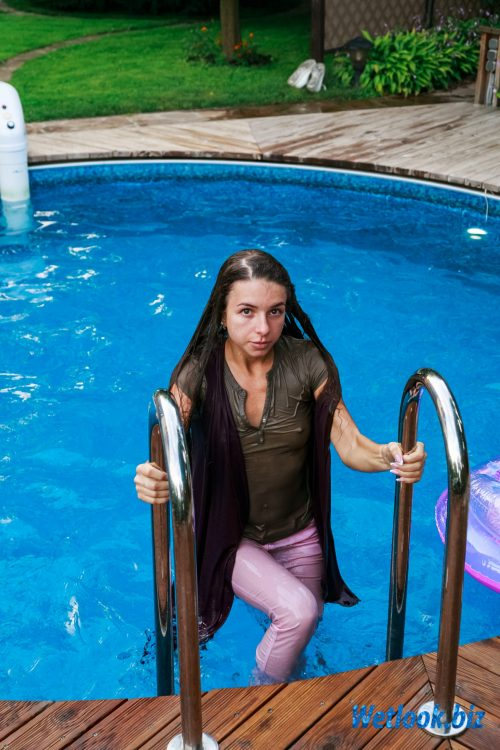 Wetlook girl photo 5 Alexandra 1/21