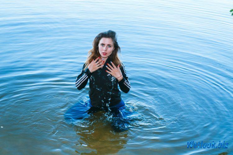 Wetlook girl photo 2 July 4/21