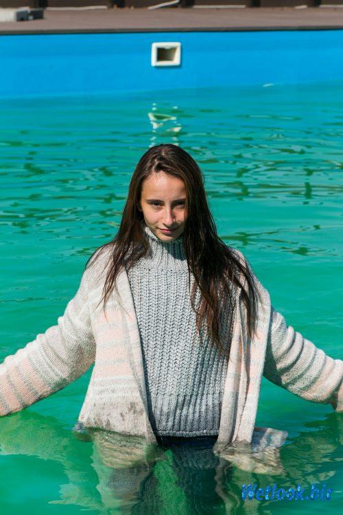 Wetlook girl photo 5 Alena 3/21