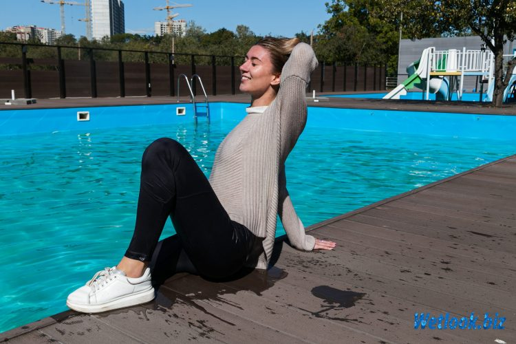 Wetlook girl photo 6 Sherlyn 4/21