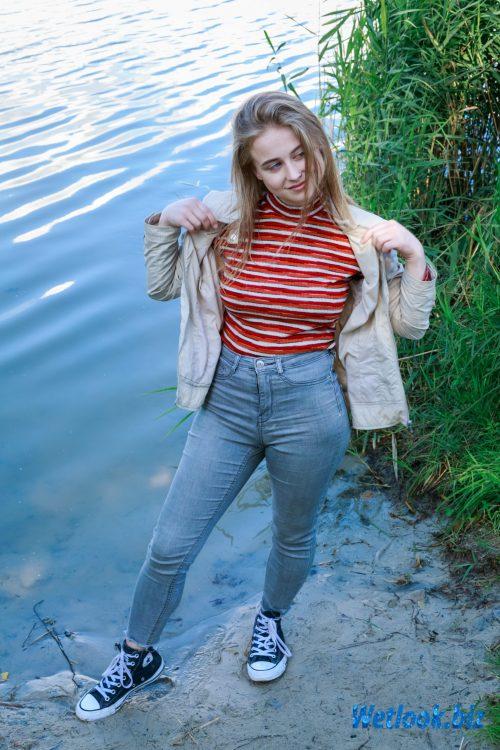 Wetlook girl photo 1 Tonya 2/21
