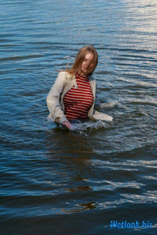 Wetlook girl photo 3 Tonya 2/21