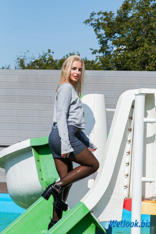 Wetlook girl photo 3 Leila 3/21