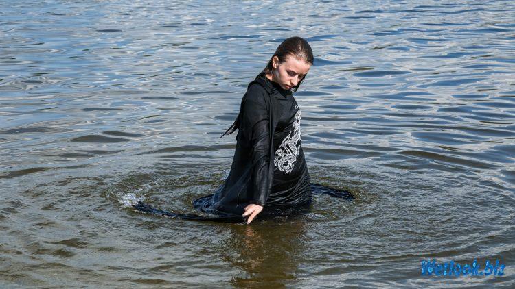 Wetlook girl photo 3 Eva 2/21 - Wetlook.biz