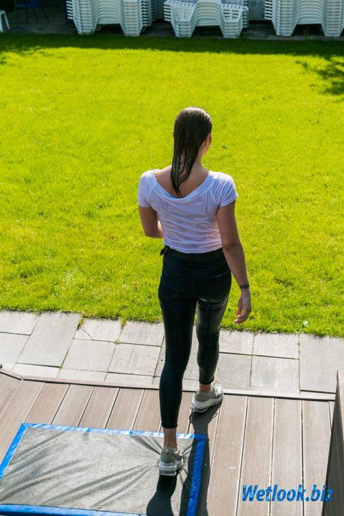 Wetlook girl photo 8 Violet 1/21 - Wetlook.biz