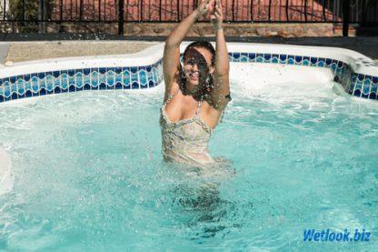 Wetlook girl photo 7 Melissa 5/21 - Wetlook.biz